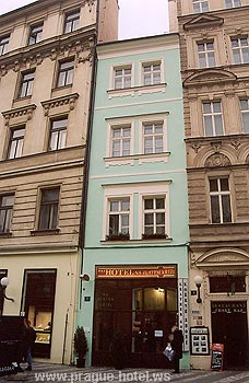 Pictures and photos of hotel Na Zlatem Krizi in Prague